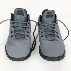 Nike | Men's Air Versatile Basketball Shoes